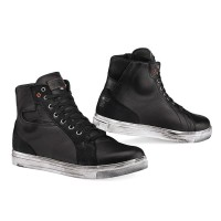 TCX Street Ace Black Waterproof